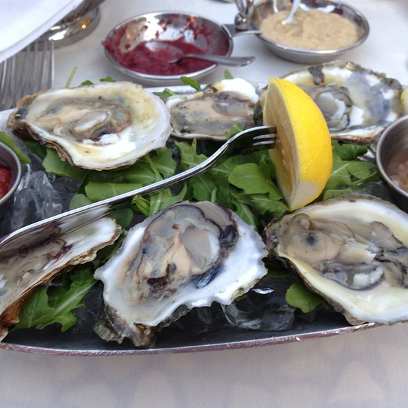 Bluepoint Oysters - Locale Cafe & Bar - Closter, Closter, NJ