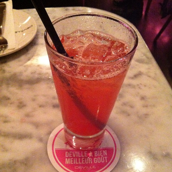 Blackcherry Limonade - Deville Dinerbar, Montréal, QC