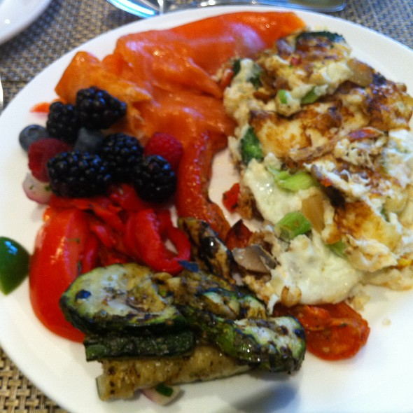 Holiday Buffet - Seasons - Westin Prince Toronto, Toronto, ON