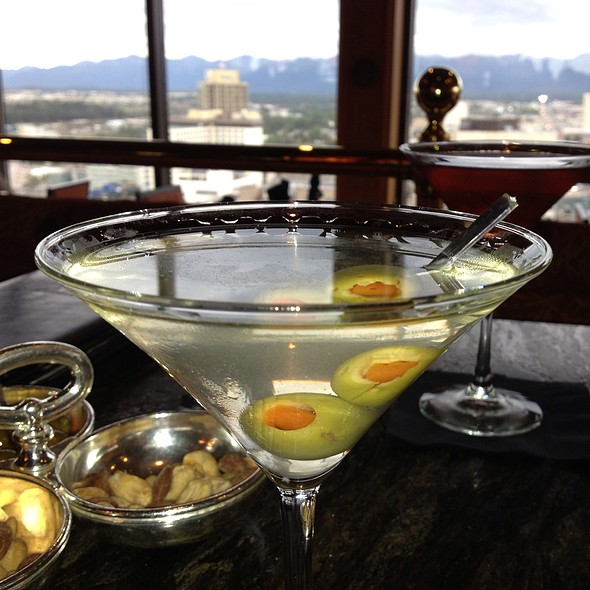Permafrost vodka Martini - Crow's Nest - Hotel Captain Cook, Anchorage, AK
