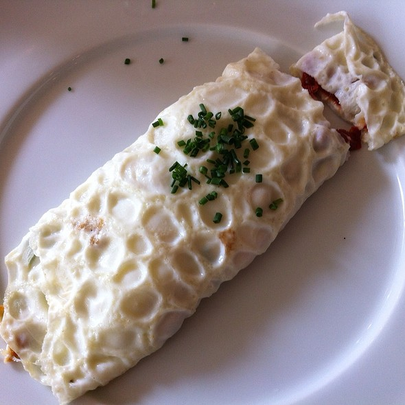 Egg White Omelet - Noble, Niagara-on-the-Lake, ON