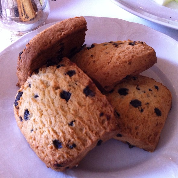 Blueberry Scones - Noble, Niagara-on-the-Lake, ON