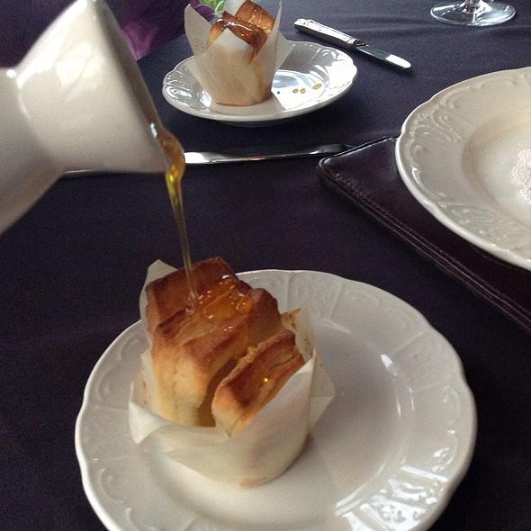 Dimpsey's Signature Bread - Dempsey's Steakhouse at Saddlebrook Resort, Wesley Chapel, FL