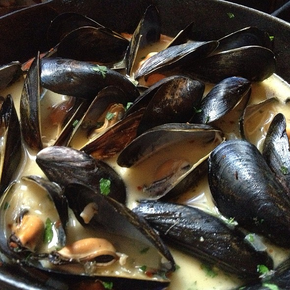 Mussels!  - Bonnie Ruth's Neighborhood Bistro, Frisco, TX