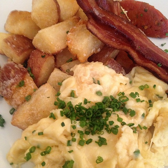 Scramble, Eggs, Applewood Smoked Bacon, And White Aged Cheddar - Hawksworth Restaurant, Vancouver, BC