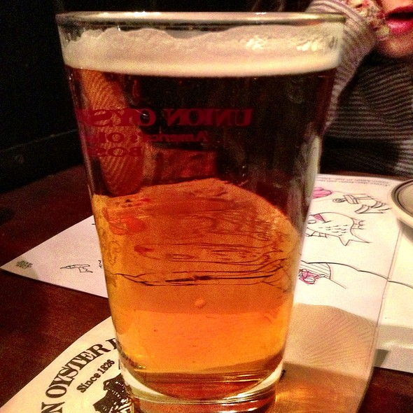 Harpoon Pale Ale - Union Oyster House, Boston, MA