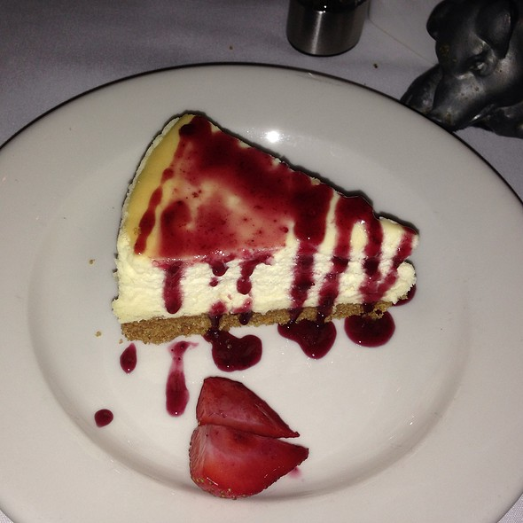 Cheesecake - Morton's The Steakhouse - Houston - Downtown, Houston, TX