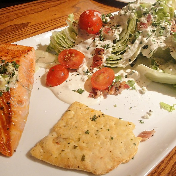 Wedge Salad W/ Salmon - Glacier BrewHouse, Anchorage, AK