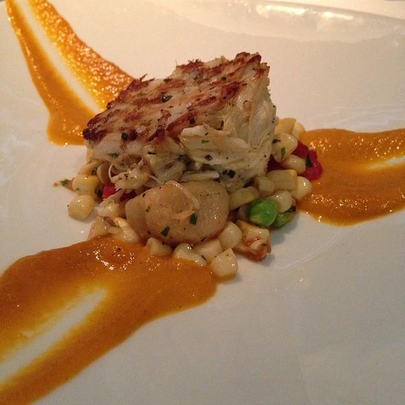 crab cake - Fin Seafood Restaurant, Newport News, VA