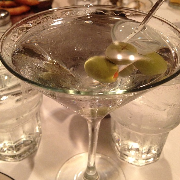 Gin Martini - London Lennies, Rego Park, NY