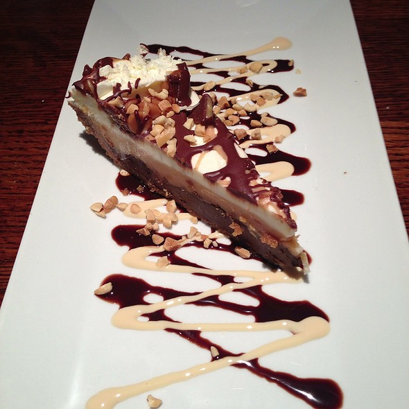 Peanut Butter Pie - Joe Theismann's Restaurant, Alexandria, VA