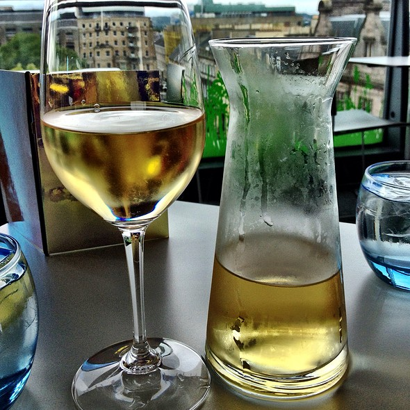 Hn House White Wine - Forth Floor Restaurant Edinburgh, Edinburgh