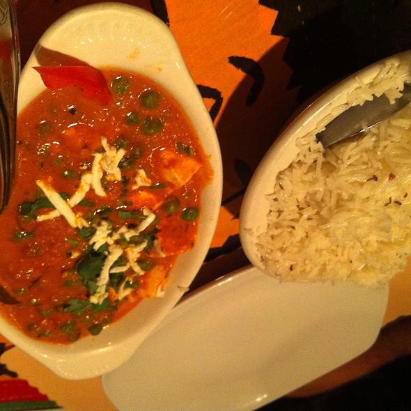 Matar Paneer - Shalimar Restaurant, Ann Arbor, MI