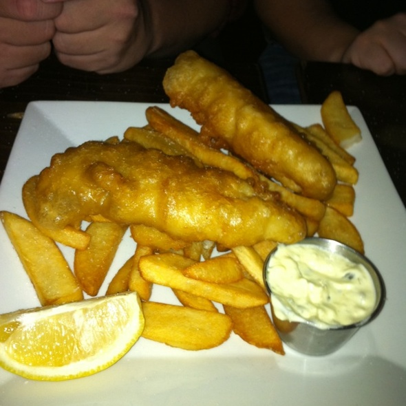fish n chips - The Crooked Knife, New York, NY