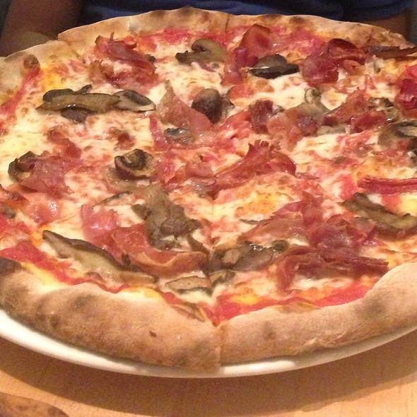 A1 Meats Pizza - Autostrada, Vaughan, ON
