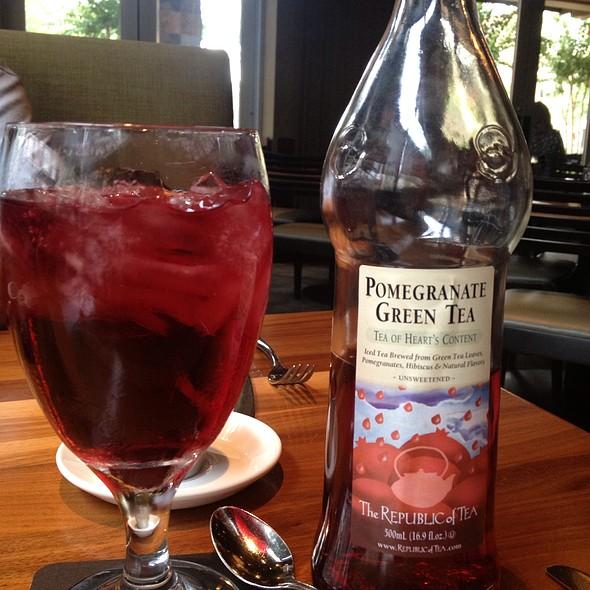 pomegranate iced tea - Jasper's - The Woodlands, The Woodlands, TX