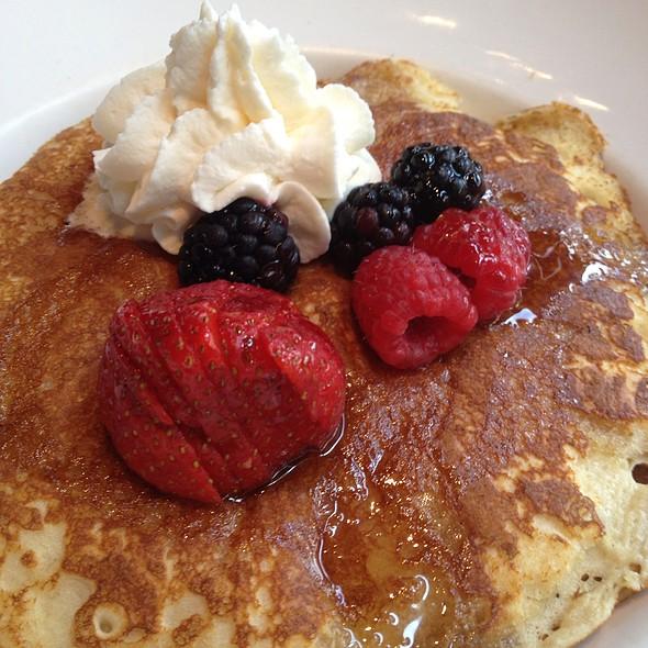 Honey Granola Pancakes - Jasper's - The Woodlands, The Woodlands, TX