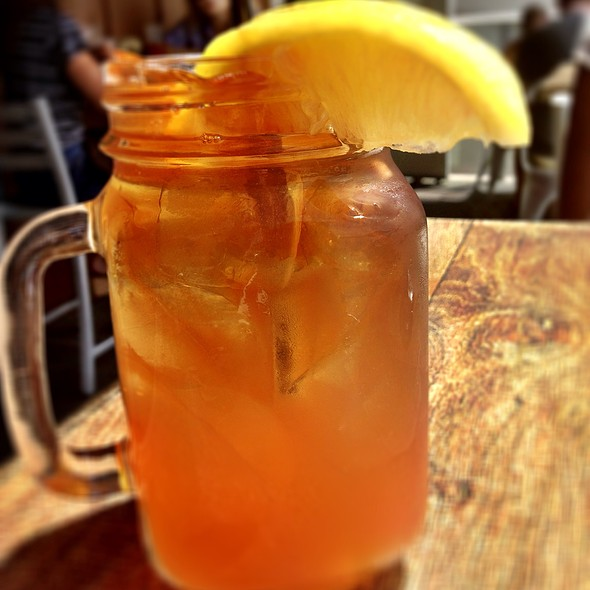 Peach Tea - Solace & The Moonlight Lounge, Encinitas, CA