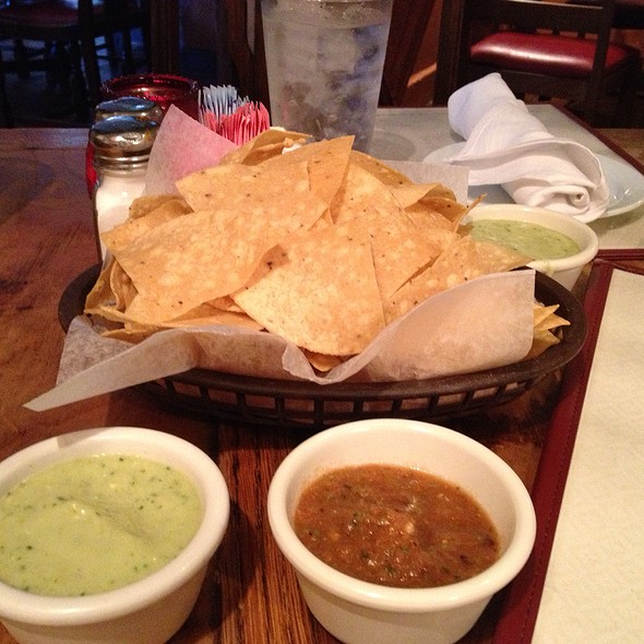 Chips And Salsas - Ninfa's on Navigation, Houston, TX