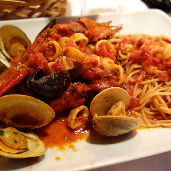 Linguini Pescatore - Grissini, Englewood Cliffs, NJ
