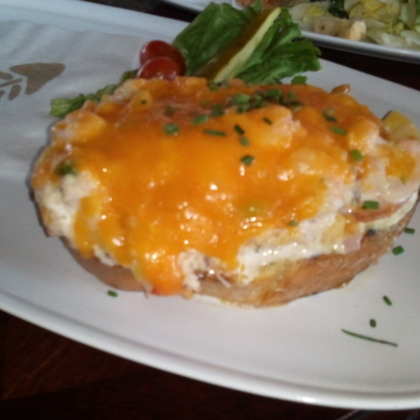 crab & shrimp melt - Boathouse New Westminster, New Westminster, BC
