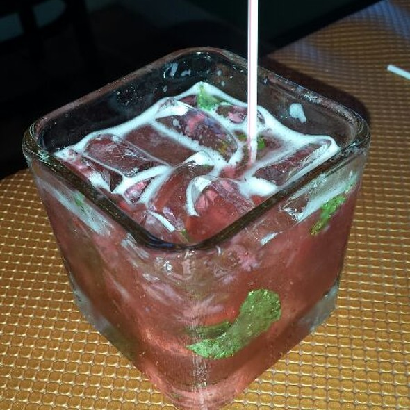Strawberry Mojito - Circa 81 Tapas & Cocktaileria, Morehead City, NC
