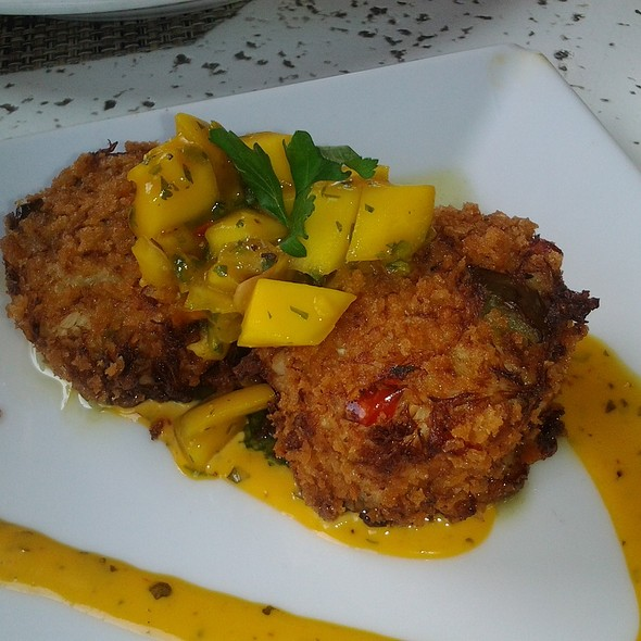 Lobster and Crab Cakes - Latitudes Restaurant & Bar, Hollywood, FL
