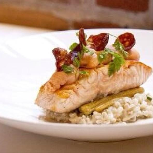 Poached Salmon - Verses Restaurant, Montréal, QC
