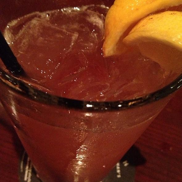 Mango Rum Drop Finale - Houlihan's - Champaign, Champaign, IL