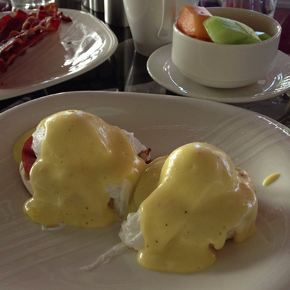 Eggs Benedict Special Events At Hershey Lodge Hershey Pa