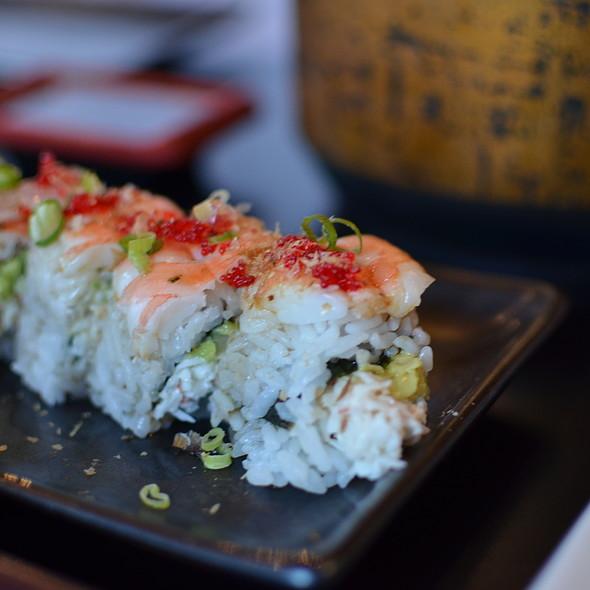 Rainbow Roll - Sushi Bushido, Kapaa, HI