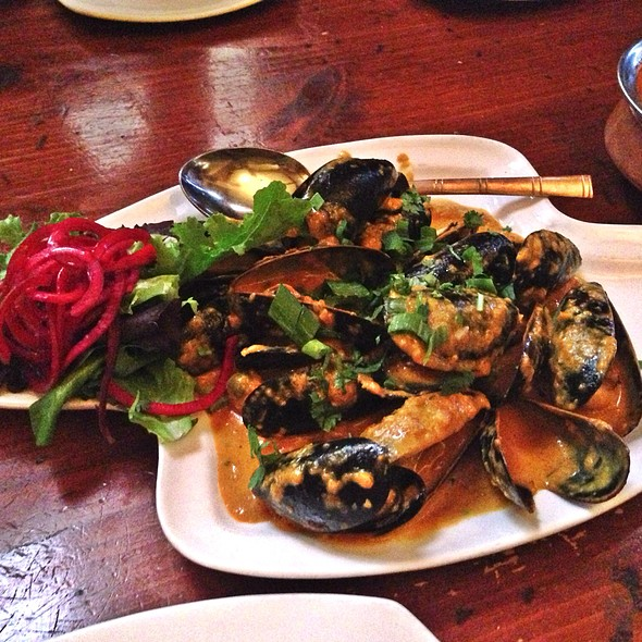Garlic Mussels - Maurya Indian Cuisine, Vancouver, BC