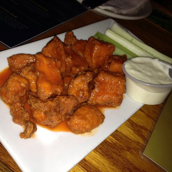 Buffalo Bites - Pratt Street Ale House, Baltimore, MD