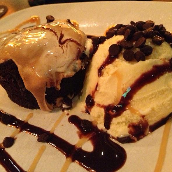 Chocolate Cappuccino Cake - Houlihan's - Champaign, Champaign, IL