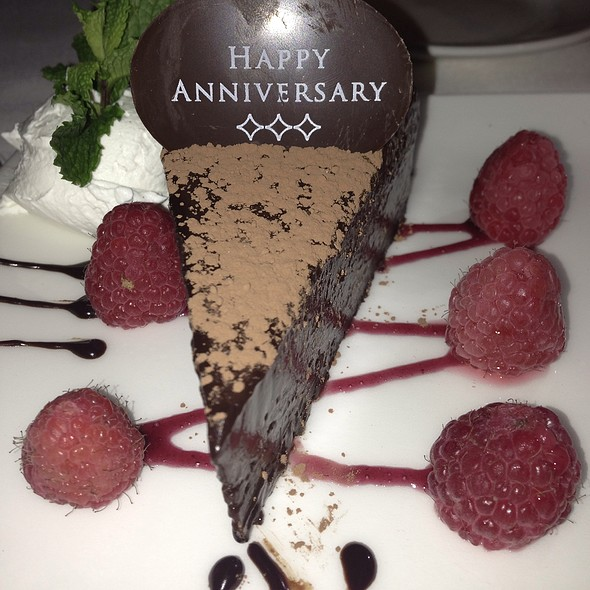 flourless chocolate cake - The Capital Grille - Houston, Houston, TX