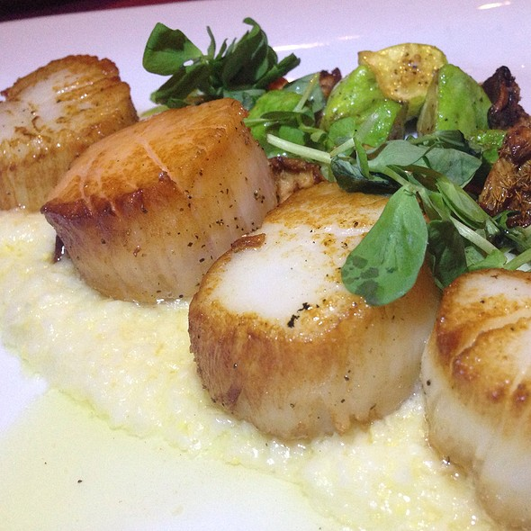 Seared Sea Scallops - Firefly Grill & Wine Bar, Encinitas, CA