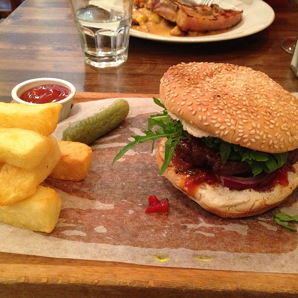 Beef Burger - Prix Fixe Brasserie, London