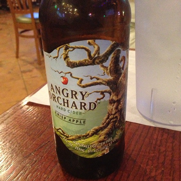 Angry Orchard Crisp Apple Hard Cider - Dick's Last Resort - Mall of America, Bloomington, MN