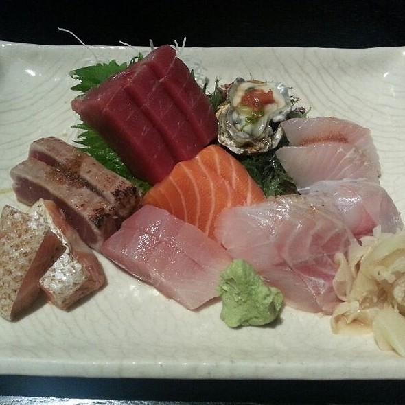 Sashimi Deluxe - Sushi Yasaka, New York, NY