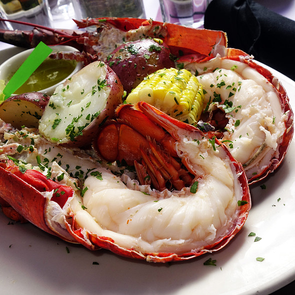 Lobster Boil - Tavern on Rush, Chicago, IL