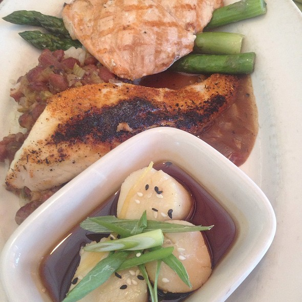 Fish Market Trio - Mitchell's Fish Market - Rochester, Rochester Hills, MI