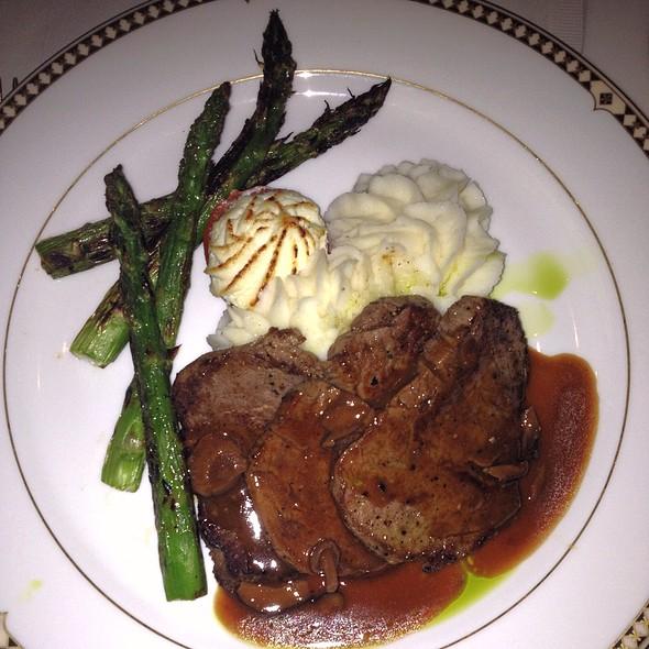 """Classic"" Diane Steak - Duane's Prime Steaks & Seafood Restaurant, Riverside, CA"
