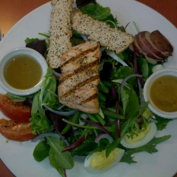 Salmon Nicoise Salad - Harrigan's Cafe & Wine Deck, Johnstown, PA
