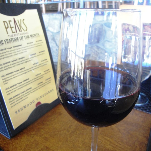 Kenwood Zinfandel - Peaks Restaurant, Palm Springs, CA