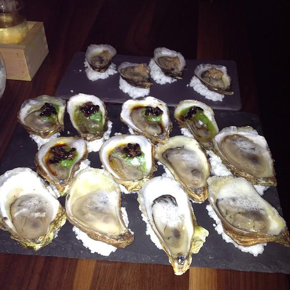 Oysters! - Kyo Bar Japonais, Montréal, QC