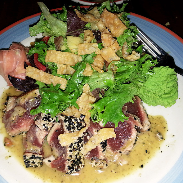 Sesame Seared Ahi Tuna Salad - Copper Canyon Grill - Orlando, Orlando, FL
