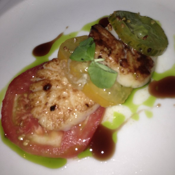 Pan Roasted Scallop And Green Grower Tomato Caprese - Pa'akai, North Shore, HI