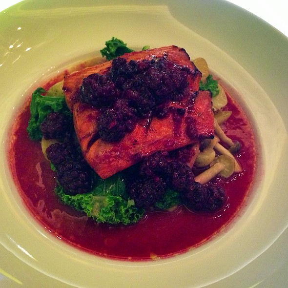 Maple With Bc Wild Salmon, Blackberries, Mushrooms, Fingerling Potatoes, Kale - Rogue Kitchen & Wet Bar - Broadway, Vancouver, BC