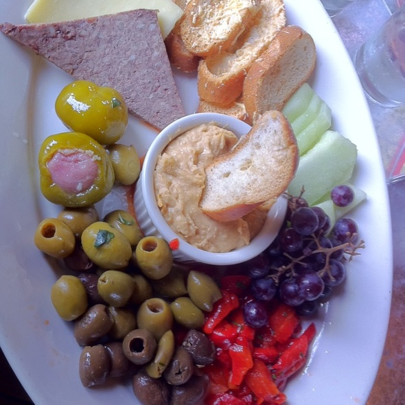 Ploughman's platter - The Long Valley Pub & Brewery, Long Valley, NJ