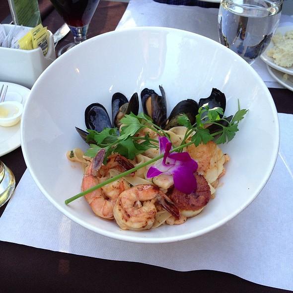 Seafood Tagliatelle - Restaurant 1640, Québec, QC